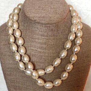 CHICO'S a Faux Pearl Multi-Strand Necklace